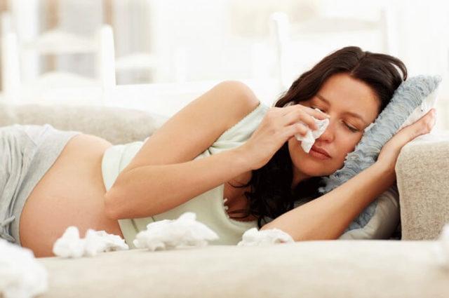 Спреи для носа от насморка для беременных – список допустимых