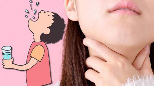 Чешется горло и хочется кашлять – причины зуда
