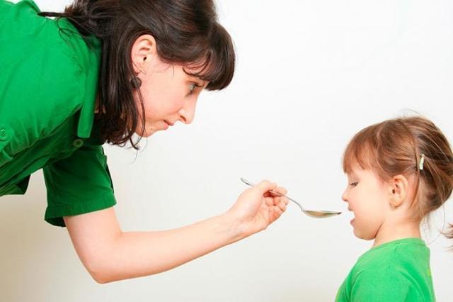 Свистящий кашель у взрослых – причины и лечение