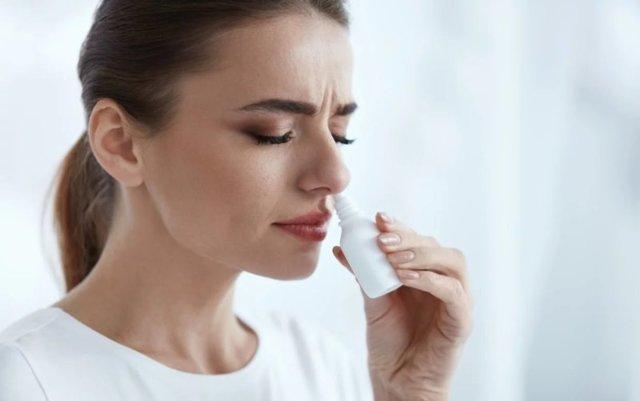 Масляные капли в нос - названия и список лучших препаратов