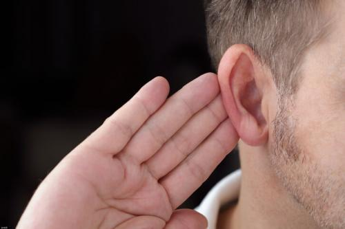 Причины снижения слуха и тугоухости у взрослых и детей