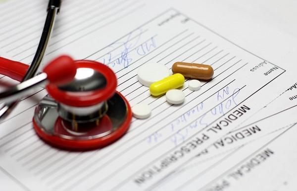Признаки стафилококка в горле – симптомы у взрослых