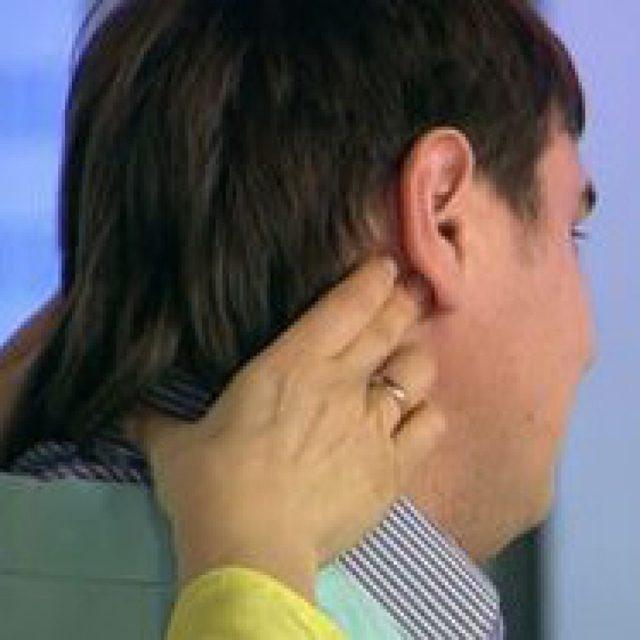 Почему воспаляются лимфоузлы за ушами - основные причины