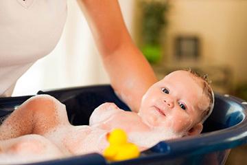 Можно ли купать ребенка при кашле без температуры