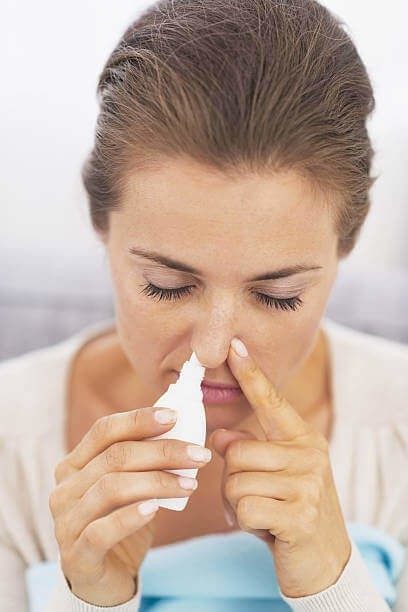 Сосудосуживающие капли и препараты в нос - список с названиями