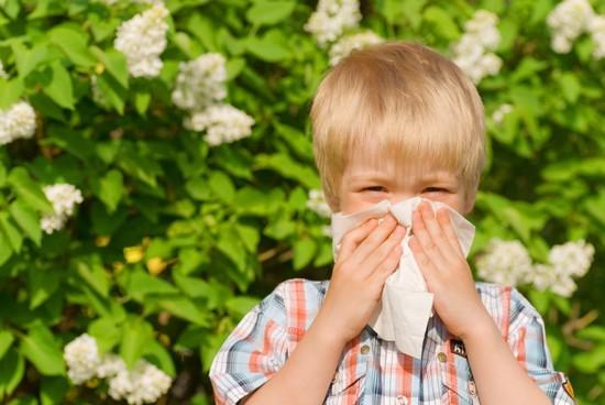 Е.О. Комаровский - как лечить затяжной насморк у ребенка
