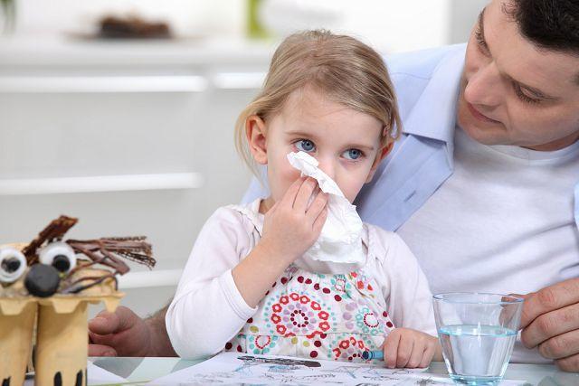 Круглогодичный аллергический ринит – его симптомы и лечение