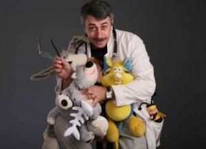 Доктор Комаровский про лечение отита и воспаления уха