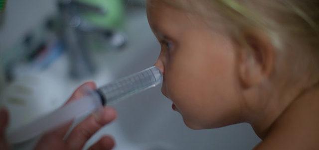Как сделать и приготовить раствор для промывания носа самому