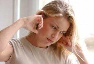 Шум в ушах при беременности – причины и лечение