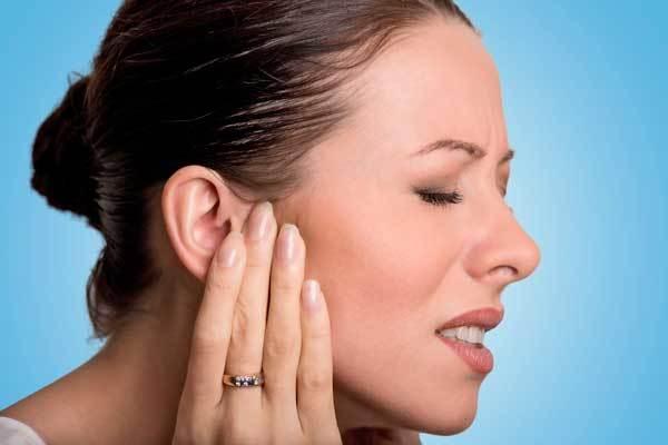 Что делать, если болит ухо – лечение у взрослых