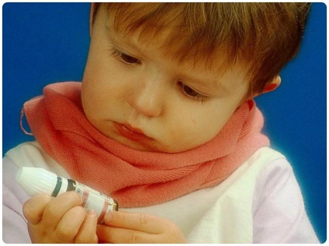 У ребенка болит горло - причины боли у детей
