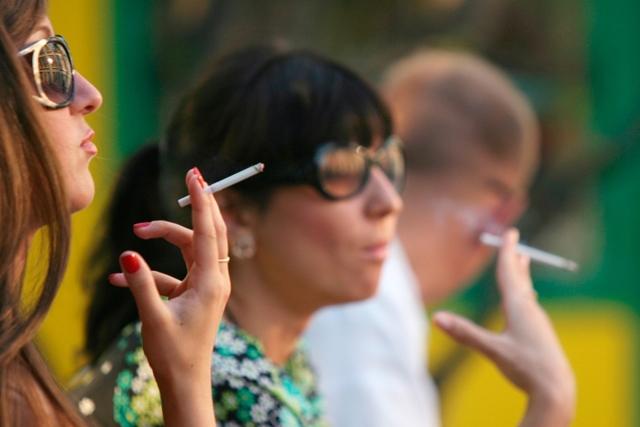 Можно ли курить при ангине и опасно ли это