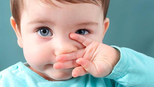 Почему закладывает нос - причины того, что он не дышит