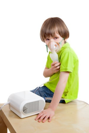 Частый сухой кашель у ребенка – причины и что делать