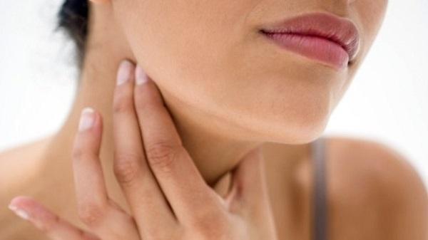 Герпес в горле у взрослых – симптомы и признаки